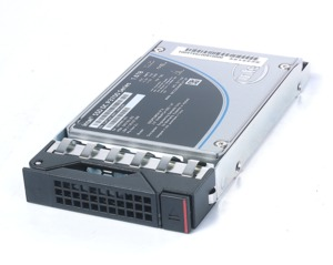 Lenovo ThinkSystem 800 GB SAS SSD